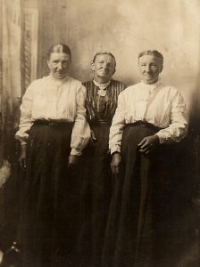 Moessinger Sisters